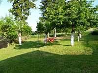 zahrada - chata ubytování Mikulášovice