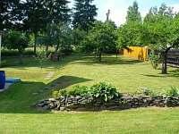 zahrada - chata k pronajmutí Mikulášovice