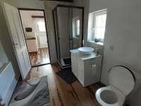 koupelna - pronájem apartmánu Lipová
