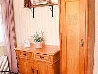 Malý pokoj 9 m2 - chalupa k pronajmutí Krásná Lípa - Dlouhý Důl