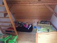 Ložnice č.3 v patře s dětským koutkem