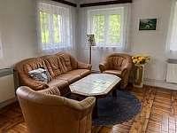 obývací pokoj - pronájem chalupy Růžová