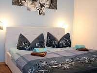 modrá ložnice - chata k pronájmu Růžová