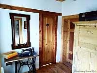 Apartmán v patře - chodbička - Krásná Lípa