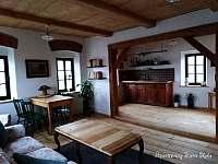 Apartmán v patře - kuchyň - Krásná Lípa
