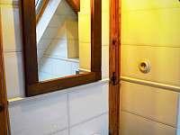 Podkrovní apartmán - koupelna - k pronájmu Krásná Lípa