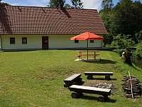 Apartmán 2 zahrada s posezením - chalupa k pronajmutí Dolní Chřibská