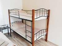 ložnice, postel patrová