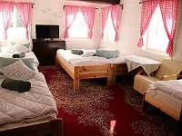 První pokoj - chalupa ubytování Jiřetín pod Jedlovou