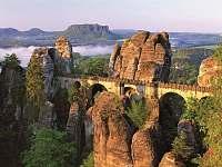 Saské Švýcarsko - skalní most - Česká Kamenice