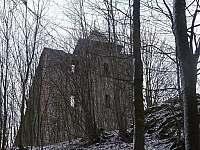 Zámecký vrch - zřícenina hradu - Česká Kamenice