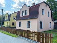 Chalupa a její zahrada - ubytování Mikulášovice