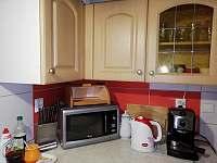 kuchyňka - chalupa k pronajmutí Nové Hraběcí