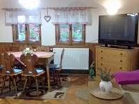 obývací pokoj s jídelnou - Nové Hraběcí