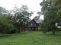 Pohled ze zahrady II. - chalupa ubytování Nové Hraběcí