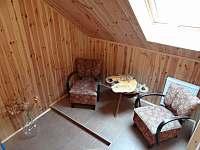 Stylová ložnice - Odpočinkový kout - chalupa k pronajmutí Nové Hraběcí