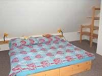 První pokoj 1 - chalupa ubytování Vsemily