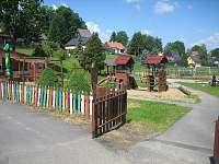 Dětské hřiště s občerstvením