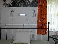 UV lampa nad dvojlůžkem - Dlouhý Důl - Kyjov