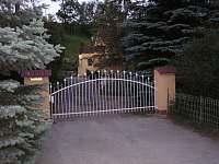 brána - vjezd