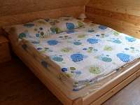 Malá ložnice - chata k pronajmutí Rynartice