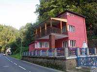 Rodinný dům na horách - okolí Růžové