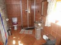 koupelna - chalupa k pronájmu Dolni Chřibska