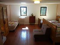 Pokoj č.4 (5-6 lůžek) - chalupa ubytování Tisá