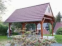 Zahradní posezení s grilem - Kunratice - Studený