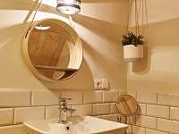koupelna v patře - Dolní Chřibská