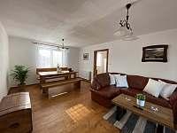 Obývací pokoj - chalupa k pronájmu Krásná Lípa u Rumburka