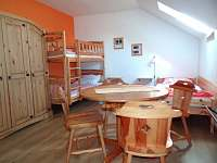 5ti lůžkové apartmá (dvoupokojové) 1 - Růžová