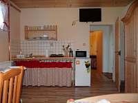 5ti lůžkový apartmán (dvoupokoj. s kuch.) 3 - Růžová