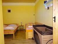 5ti lůžkový apartmán (dvoupokoj. s kuch.) 4 - Růžová