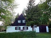 Chata k pronajmutí - okolí Nového Hraběcí