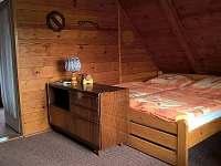 První ložnice - pronájem chaty Všemily