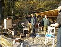 jedna z podzimních akcí - pronájem chalupy Dolní Žleb