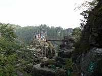 jedna z vyhlídek ze skal - Dolní Žleb