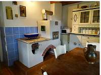 kuchyň - chalupa k pronajmutí Dolní Žleb