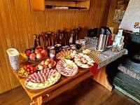 Lze objednat také snídaně - Jiřetín pod Jedlovou