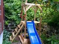 Dětské hřiště - chata k pronájmu Dolní Chřibská
