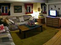 Obývací pokoj - chata k pronájmu Dolní Chřibská
