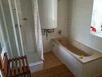 koupelna z leva
