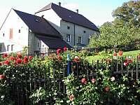 ubytování Rovensko pod Troskami v penzionu na horách