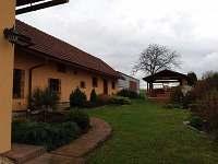 zahrada - rekreační dům k pronájmu Kopidlno