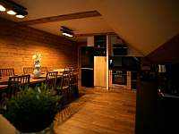 apartmán 2 společenská místnost jídelna a kuchyň - k pronájmu Nová Paka
