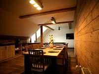apartmán 2 společenská místnost jídelna a kuchyň - Nová Paka