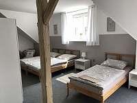 Podkrovní pokoj č. 3 - Lázně Bělohrad