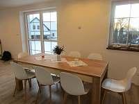 Kuchyň s jídelnou - Apartmán 1 - pronájem chalupy Troskovice