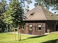 Náš zahradní domeček - vila k pronajmutí Branžež